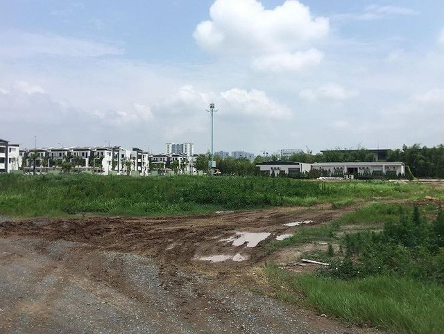 Cận cảnh khu đô thị đáng sống nhất Hà Nội muốn nhồi thêm nhà để bán - Ảnh 2.