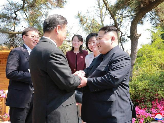 1 tháng trước Thượng đỉnh Mỹ-Triều, người Triều Tiên mang từng xấp Nhân dân tệ sang TQ mua nhà - Ảnh 1.