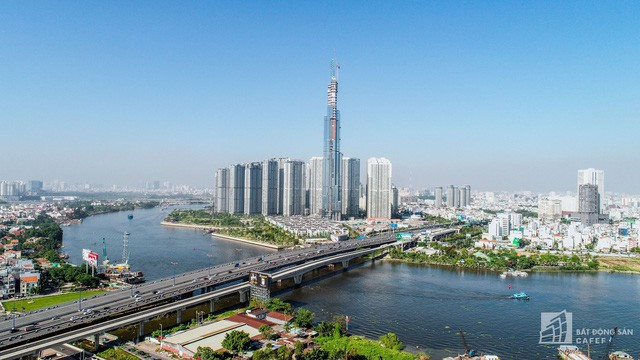 Cận cảnh công trường thi công đỉnh tòa nhà cao nhất Việt Nam, dự kiến khai trương vào quý 4 4