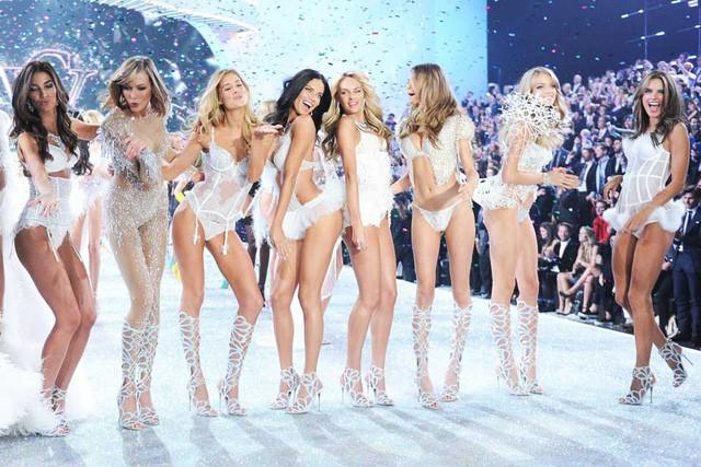 Cách 1 thương hiệu nội y mới nổi đang ngầm giết chết Victorias Secret: Không nơ, không rườm rà và khiến phụ nữ tha hồ nhất - Ảnh 3.