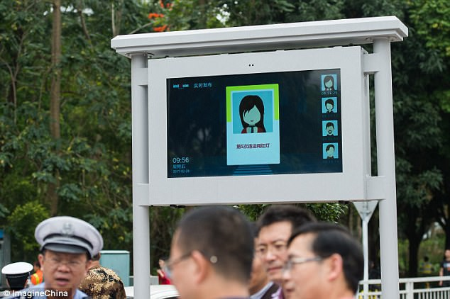 Chẳng khác gì Hollywood: Lái xe tại Trung Quốc sai luật sẽ bị bêu cả mặt lẫn tên nhờ hệ thống AI cực kỳ tiên tiến - Ảnh 3.