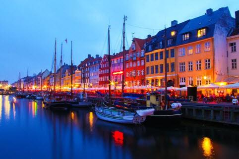 5 thành phố xa hoa bậc nhất ở châu Âu giúp bạn có một chuyến du lịch đáng nhớ trong đời - Ảnh 2.