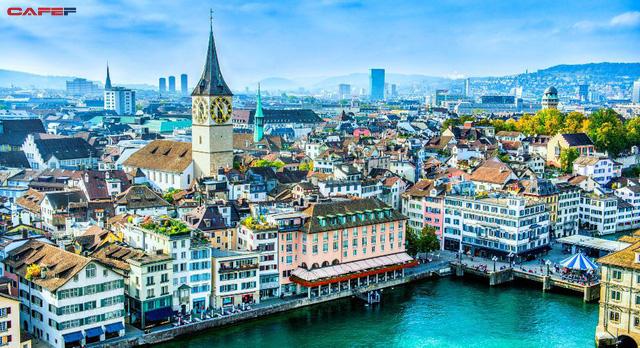 5 thành phố xa hoa bậc nhất ở châu Âu giúp bạn có một chuyến du lịch đáng nhớ trong đời - Ảnh 4.