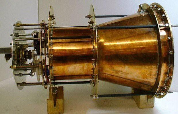 Các nhà khoa học Đức thử nghiệm động cơ không tưởng EM Drive, thứ có thể đưa loài người sang những thiên hà khác - Ảnh 3.