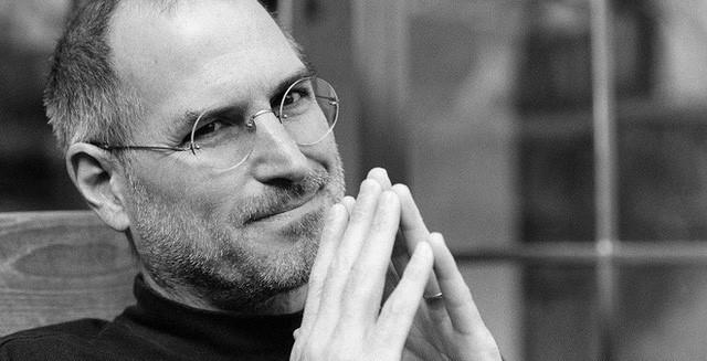 Cách Steve Jobs và Elon Musk phân chia và chinh phục khách mua, ngay cả người khó tính nhất - Ảnh 1.