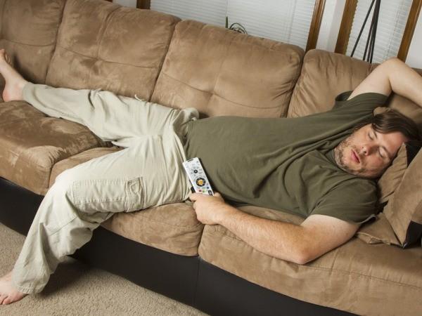 Thói quen ngủ nướng vào cuối tuần hóa ra đem lại tác dụng có lợi không tưởng - Ảnh 2.