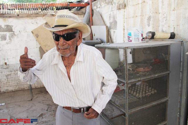 Ông lão 121 tuổi vẫn cảm thấy mình khỏe như U80: Làm việc chính là chìa khóa để sống lâu - Ảnh 1.