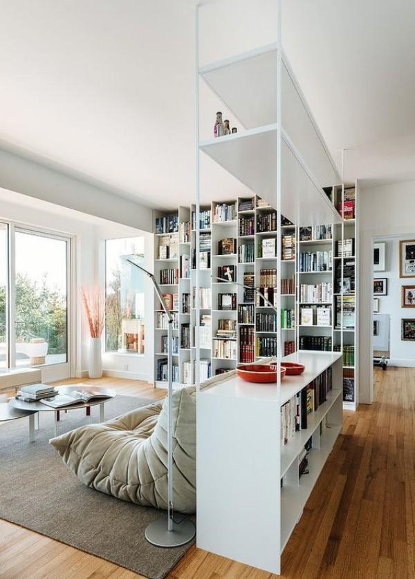 Những ý tưởng dùng kệ để tạo góc lưu trữ cực đẹp và hữu ích cho nhà nhỏ - Ảnh 10.