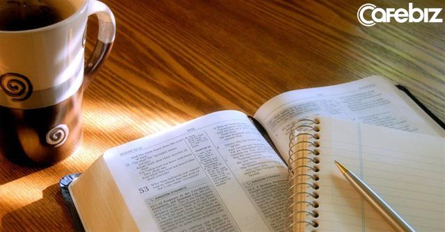 Không chết ở tuổi 35: Người thành đạt đến đâu, bề ngoài hào nhoáng đến đâu, nếu không chăm đọc sách thì mãi chỉ là thùng rỗng kêu to - Ảnh 2.