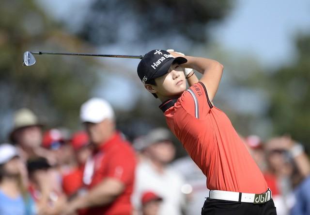 Nữ hoàng mới của làng golf thế giới Park Sung Huyn: Bóng hồng xinh đẹp, tài năng với phong cách lạnh lùng và thành tích đáng nể  - Ảnh 7.