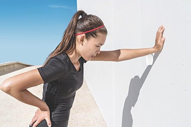 Hôm nay Hà Nội nóng nhất từ đầu năm đến giờ, đây là những điều bạn cần làm để đề phòng say nắng  - Ảnh 2.