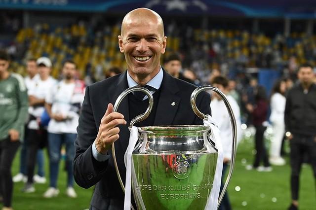 Zidane dứt áo ra đi khi đang trên đỉnh vinh quang: Kẻ thức thời mới là trang tuấn kiệt! - Ảnh 2.