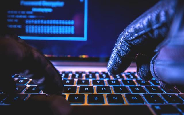 đầu tư giá trị - photo 1 15285949933342135201215 - Những câu chuyên thú vị về tỷ phú Jack Dorsey của Twitter: Kiếm được việc nhờ 'hack' trang chủ của công ty, CEO nhưng không có phòng làm việc, cũng không dùng laptop