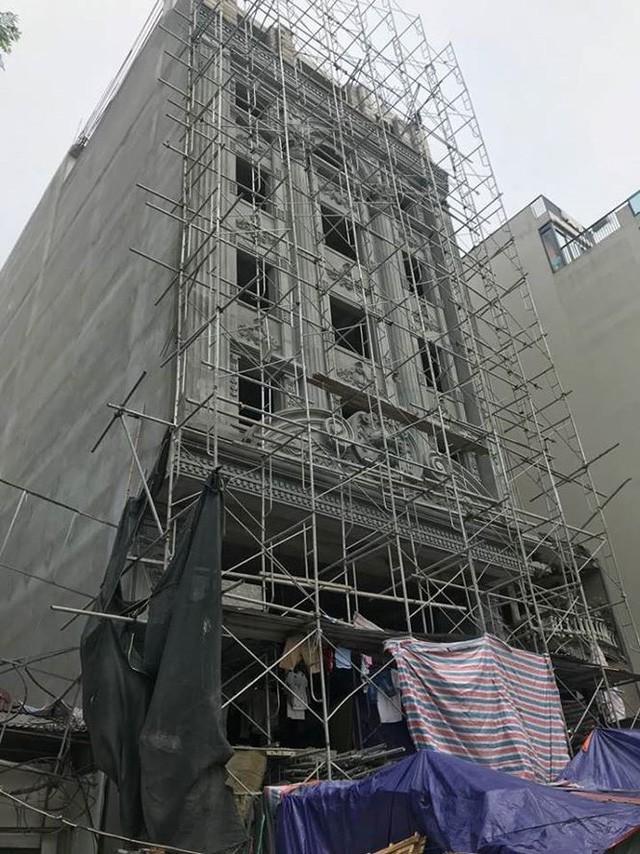 Quận trung tâm Hà Nội bùng phát nhà sai phép kiểu mới - Ảnh 2.