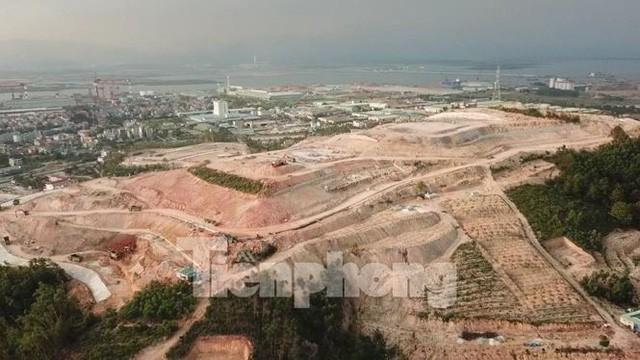 Tận thấy những ngọn đồi trọc đầu vì dự án ở Hạ Long - Ảnh 3.