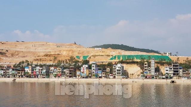 Tận thấy những ngọn đồi trọc đầu vì dự án ở Hạ Long - Ảnh 6.