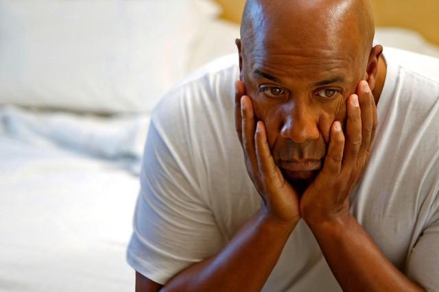Ngày càng nhiều người nổi tiếng tự tử do trầm cảm, có thể bạn cũng có những dấu hiệu của căn bệnh nguy hiểm này mà không hay biết - Ảnh 2.