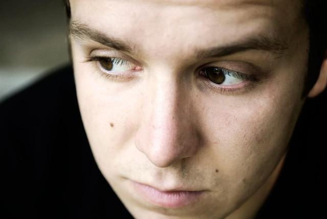 Ngày càng nhiều người nổi tiếng tự tử do trầm cảm, có thể bạn cũng có những dấu hiệu của căn bệnh nguy hiểm này mà không hay biết - Ảnh 6.