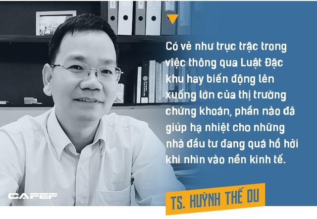 Việt Nam sẽ thoát lời nguyền chu kỳ khủng hoảng 10 năm nhờ hai nhân tố này? - Ảnh 8.