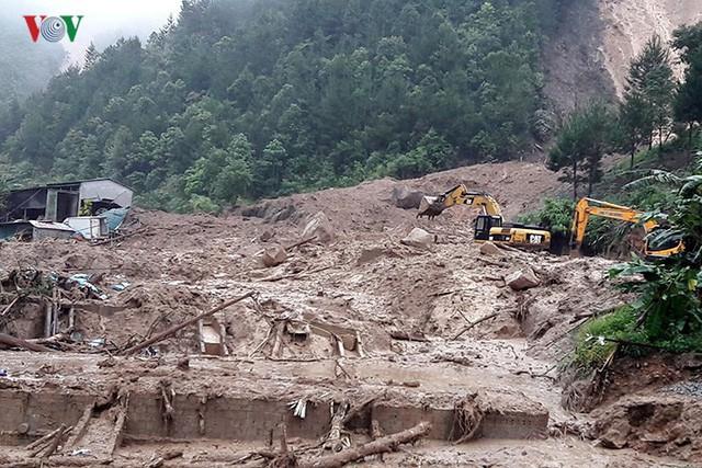 Ảnh: Mưa lớn và lũ quét gây thiệt hại lớn cho Lai Châu - Ảnh 2.