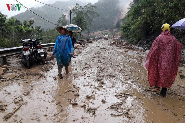 Ảnh: Mưa lớn và lũ quét gây thiệt hại lớn cho Lai Châu - Ảnh 13.