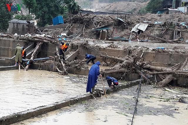 Ảnh: Mưa lớn và lũ quét gây thiệt hại lớn cho Lai Châu - Ảnh 4.