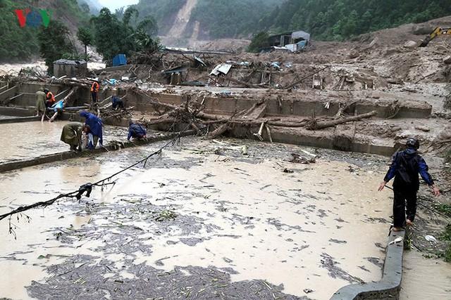 Ảnh: Mưa lớn và lũ quét gây thiệt hại lớn cho Lai Châu - Ảnh 6.