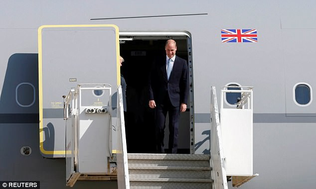 Lý do thái tử Charles thuê chuyên cơ hạng sang để đi lại trong khi các thành viên Hoàng tộc khác vẫn mua vé máy bay thương mại - Ảnh 3.
