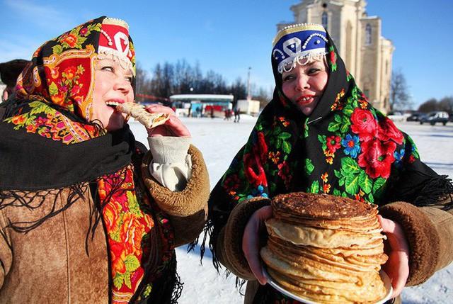 Nước Nga có một loại bánh nhìn quen mắt nhưng rất lạ và hấp dẫn với vô vàn loại nhân - Ảnh 15.