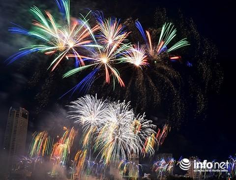 Pháo hoa Ý – Hong Kong phô diễn đẳng cấp trên sông Hàn - Ảnh 7.