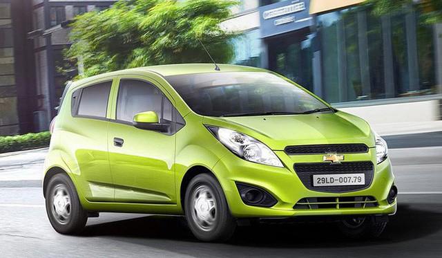 Kỷ lục giá rẻ: Chevrolet trở thành xe chính hãng phá đảo hai phân khúc của phân khúc Việt Nam - Ảnh 1.