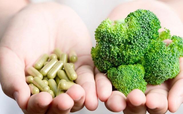 Một nghiên cứu chỉ ra đa số thực phẩm chức năng chứa vitamin vô tác dụng, thậm chí có thể gây hại - Ảnh 1.