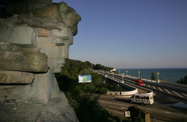 Sochi - thành phố hoàn hảo cho du khách đến Nga xem World Cup - Ảnh 2.