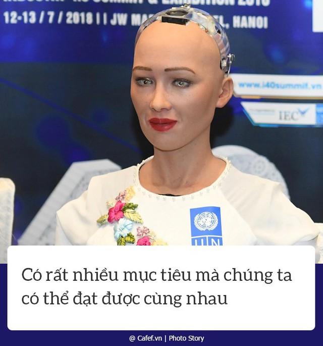 Robot Sophia nói gì về cách mạng công nghiệp 4.0 tại Việt Nam? - Ảnh 6.