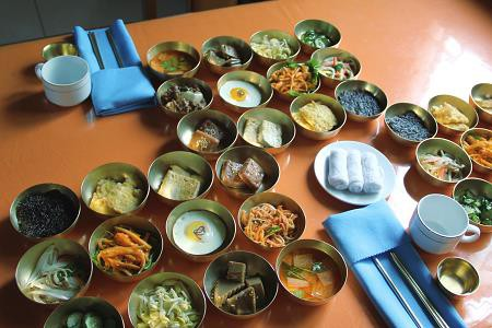 """[Case Study] Du lịch """"mạo hiểm"""" tại Triều Tiên: 35 triệu đồng bao ăn ở, gồm luôn các rủi ro, liệu bạn có dám? - Ảnh 6."""