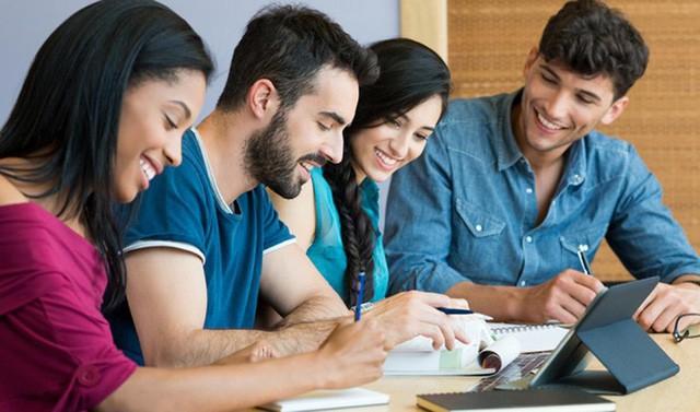 đầu tư giá trị - photo 1 15316173476341471991945 - 5 bí mật khi xây dựng mạng lưới quan hệ người trẻ cần phải biết nếu muốn lập nghiệp thành công