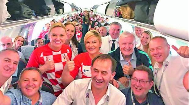 Chuyện khó tin về hành trình đến với World Cup 2018 của nữ Tổng thống Croatia - Ảnh 10.