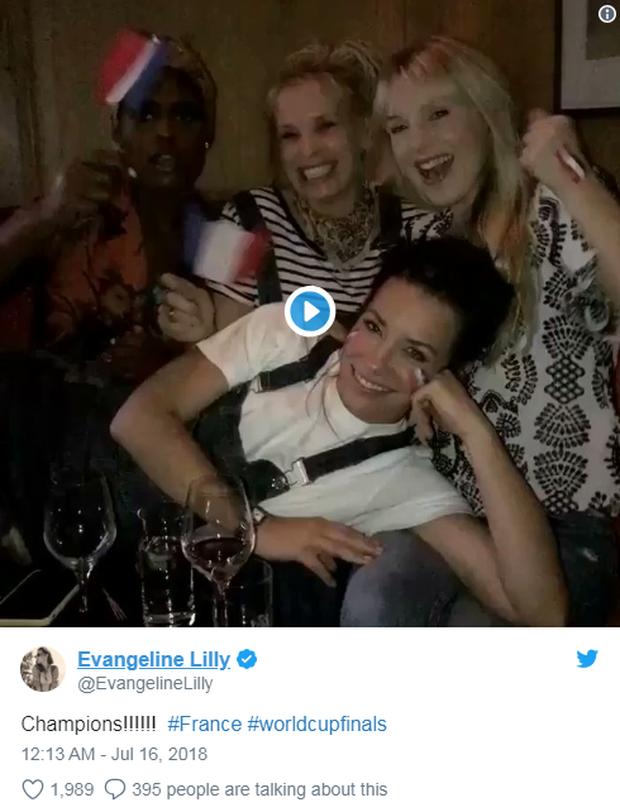 Vô địch World Cup 2018, đội tuyển Pháp được cả thế giới chúc mừng - Ảnh 9.