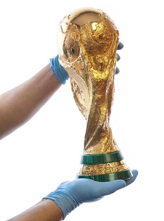 Cúp vàng của World Cup 2018 được tạo ra như thế nào? - Ảnh 17.