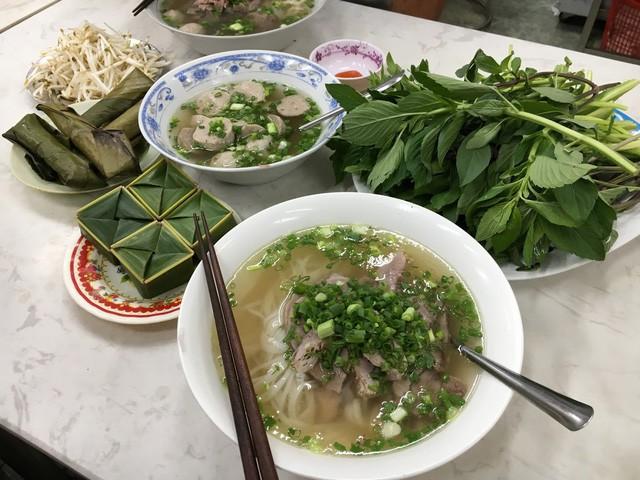Những quán phở có từ thời ông bà anh tại Sài Gòn - Ảnh 6.