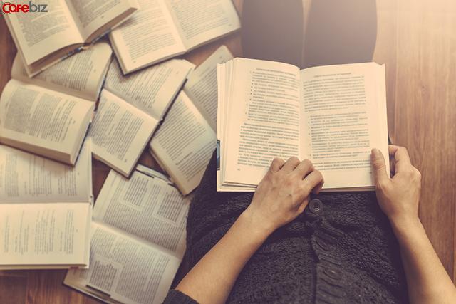 Đọc sách là khoản đầu tư có lãi nhất cuộc đời, nhưng đọc sách đến khi nào mới có thể thay đổi và sinh lãi? - Ảnh 1.