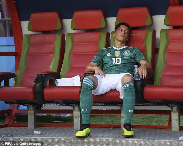 đầu tư giá trị - photo 2 1532307845172374918440 - Phẫn nộ vì bị ngược đãi, nhà vô địch World Cup từ giã ĐT sau tâm thư tiết lộ nhiều góc tối