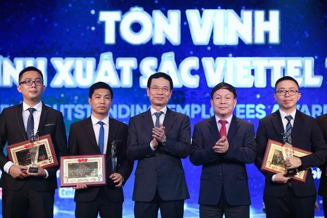 Những chuyện ít biết về ông Nguyễn Mạnh Hùng ở Viettel - Ảnh 3.