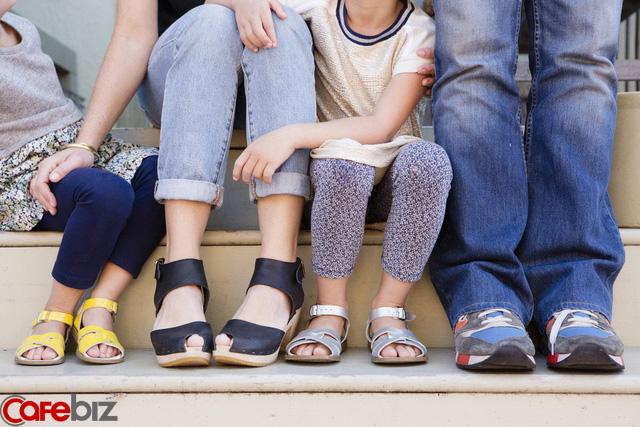 Huyền Chip: Cha mẹ có cần tận lực hy sinh vì con cái không? Nếu để con hưởng thụ từ sớm thì sẽ không biết phấn đấu - Ảnh 2.