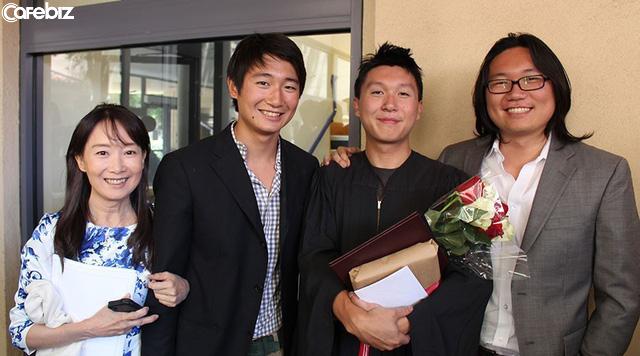 Bí quyết giáo dục 10 không của bà mẹ có 3 con đỗ đại học Stanford: Không cấm yêu đương trung học, không học thêm quá nhiều! - Ảnh 1.