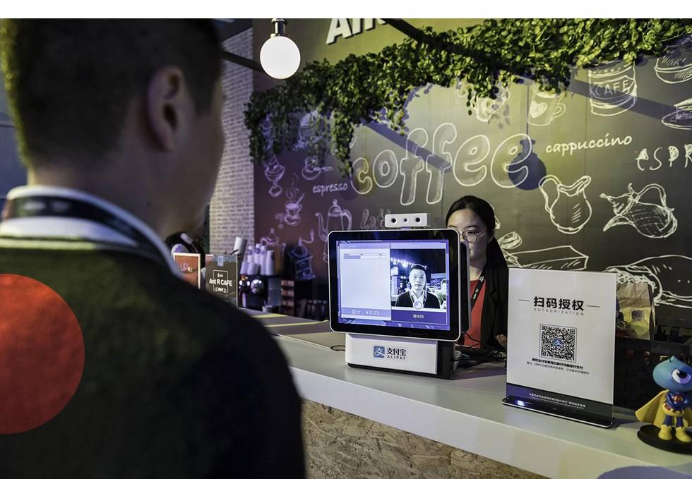 Startup 'khủng long của Jack Ma: Mỗi năm xử lý lượng giao dịch thanh toán giá trị gấp đôi GDP của Đức, nắm trong tay quỹ thị trường tiền tệ lớn nhất thế giới, đang cho khoảng 10 triệu người vay tiền - Ảnh 1.