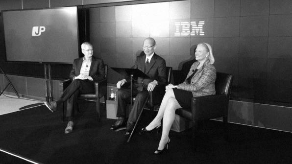 Tim Cook: Từ dấu hỏi khi thay thế Steve Jobs đến người đưa Apple đạt kỷ lục lịch sử - Ảnh 2.