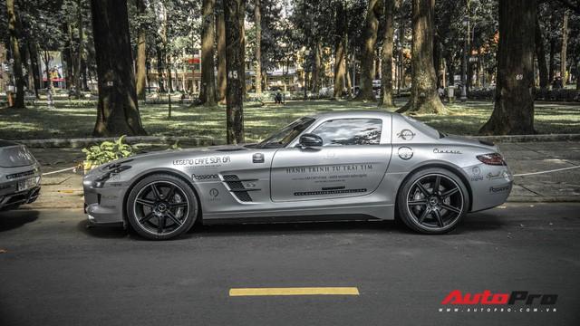 Sau hành trình xuyên Việt, bộ 3 siêu xe hãng xe hãng xe Mercedes SLS AMG độc đáo của ông chủ cà phê Trung Nguyên lại tham dự minishow ở Sài Gòn - Ảnh 1.