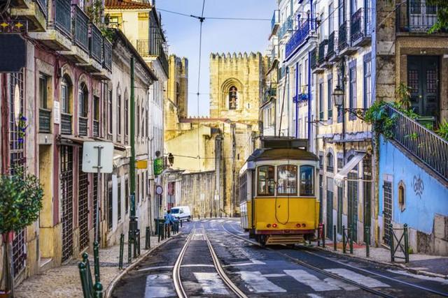 đầu tư giá trị - photo 1 15332032129912024293272 - Chỉ với khoảng 5-7 triệu đồng, bạn sẽ chi tiêu được gì ở những thành phố du lịch rẻ bậc nhất châu Âu?