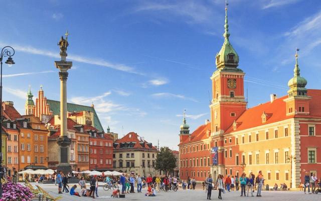 đầu tư giá trị - photo 6 15332032129981914914213 - Chỉ với khoảng 5-7 triệu đồng, bạn sẽ chi tiêu được gì ở những thành phố du lịch rẻ bậc nhất châu Âu?